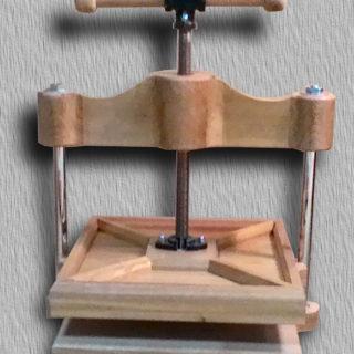 p 320x320 - Переплетный инструмент