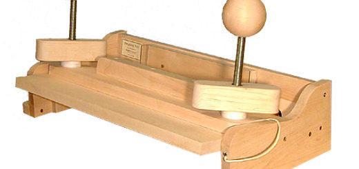 устройство для бесшвейного скрепления блока