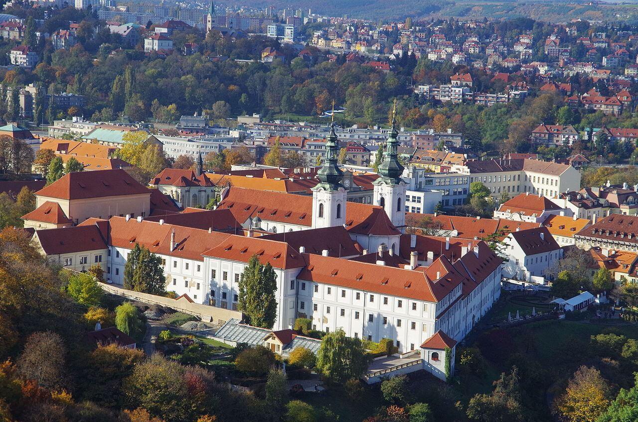Панорама Страговского монастыря