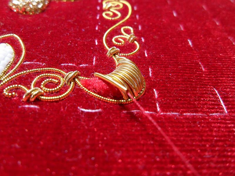 SAM 5815 - Изготовление тканевой обложки на книгу в технике золотного шитья