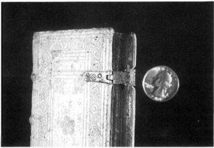 Книжные застежки
